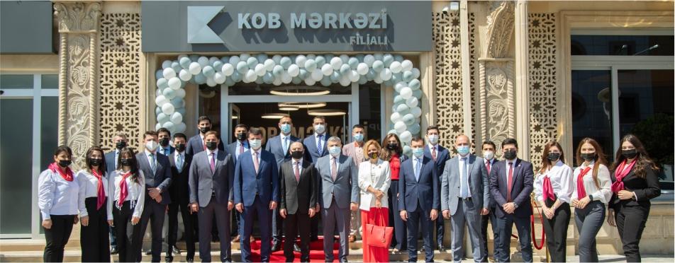 """Kapital Bank sahibkarlar üçün yeni konsepsiyalı """"KOB Mərkəzi"""" filialını istifadəyə verdi"""
