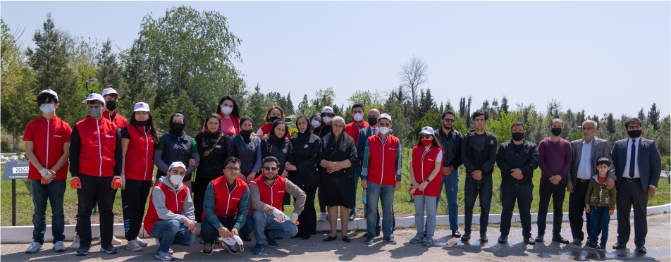 Kapital Bank and Red Hearts plants trees in memory of martyrs